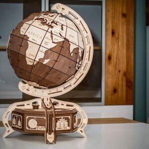 Globus-braun-–-Holzbausatz-Modell-aus-Holz-393-Teile.