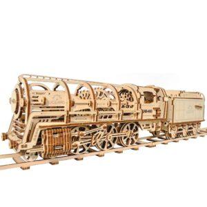 Ugears Dampflokomotive mit Güterwagen – Holzbausatz für Bastler , 443 Teile